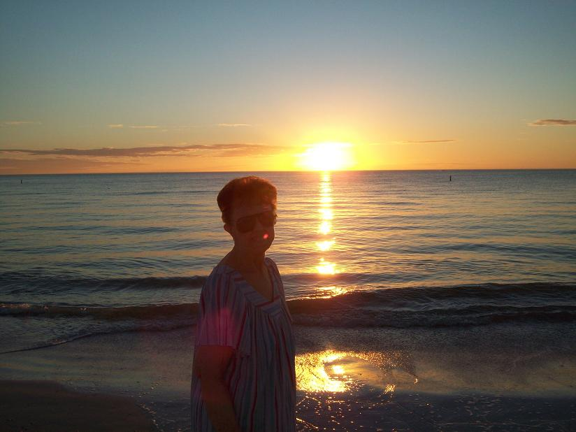 St. Pete 2009. My mother's love for the beach is why we went on so many Florida vacations when I was a kid.